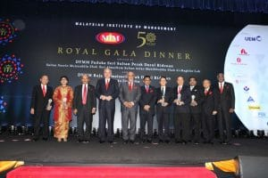 Sultan Nazrin Graces Malaysian Institute Of Management's Gala Dinner – Bernama (21/4/2016)