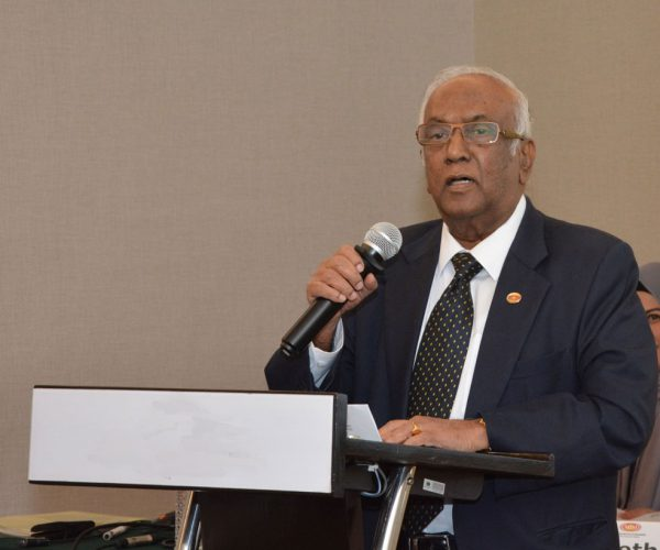 Government must boldly face the political, economic and health crisis! — Ramon Navaratnam